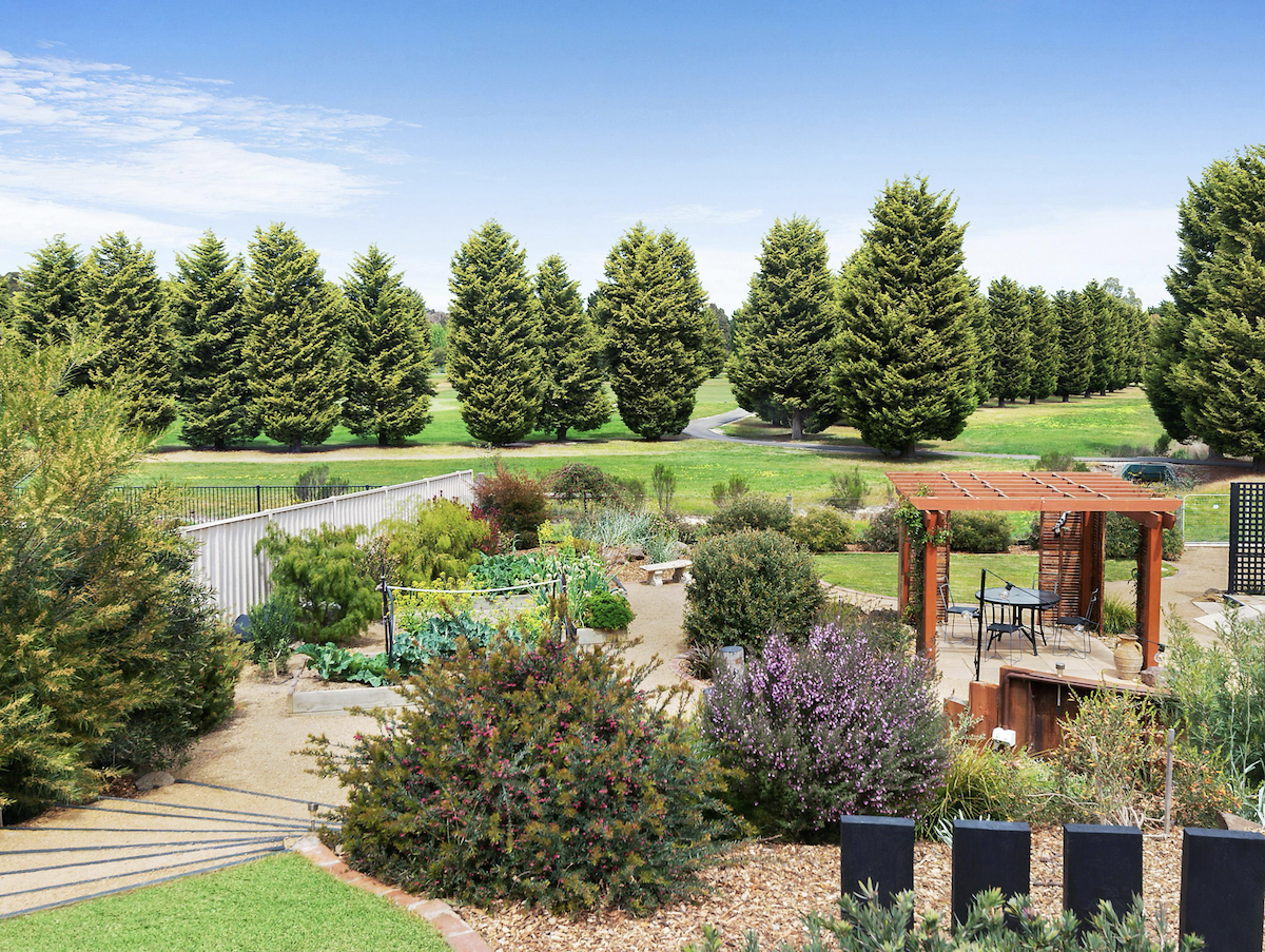 Golfing Homes 4 Saint Andrews Close Hidden Valley Golf Course Wallan Victoria